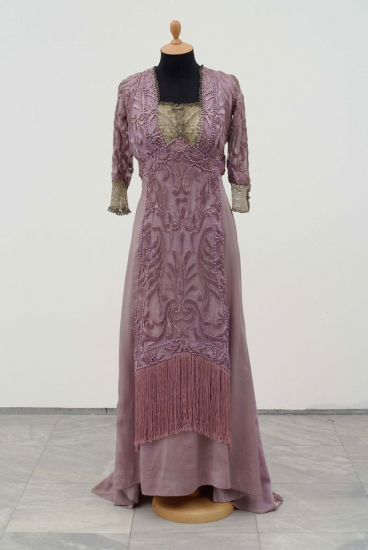 Haljina po uzoru na evropsku modu iz 1909. godine