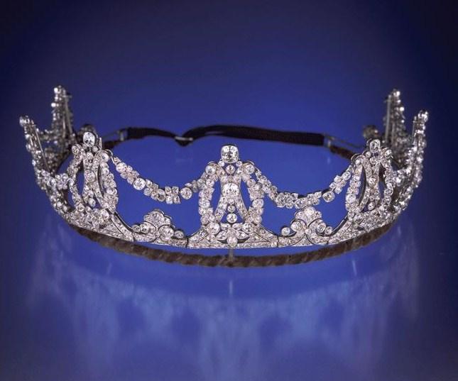 Madonina tiara