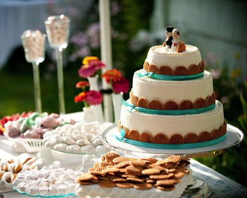 mladenačka torta i slatkiši