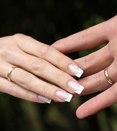 nail art na dan venčanja