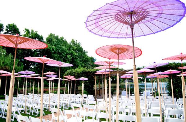 suncobrani kao dekoracija za vencanje