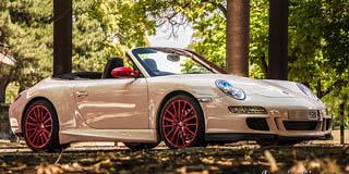 Porsche Carrera 4S iznajmljivanje-limuzina.rs