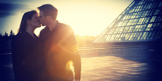 poljubac imagesbyfrost.com
