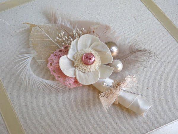 cvetić za kićenje svatova sa perjem