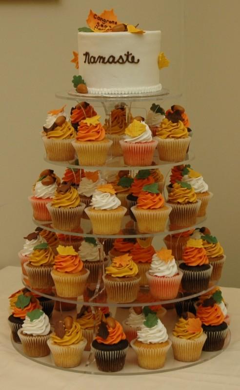 mladenačka torta u jesenjim bojama