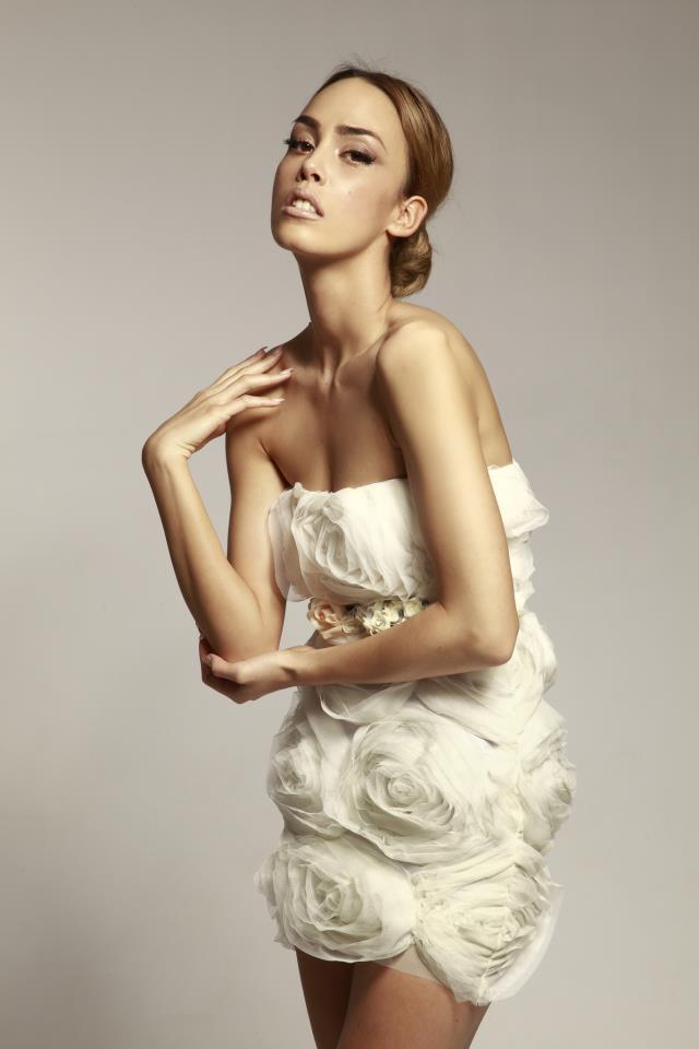 kratka haljina Mihano Momosa