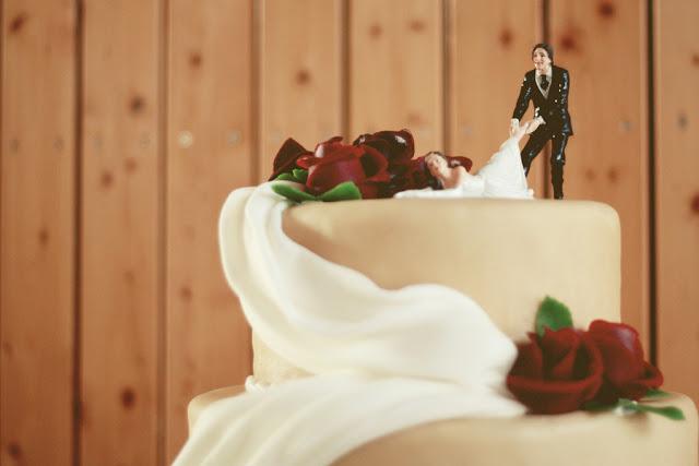 neobične figurice za svadbene torte
