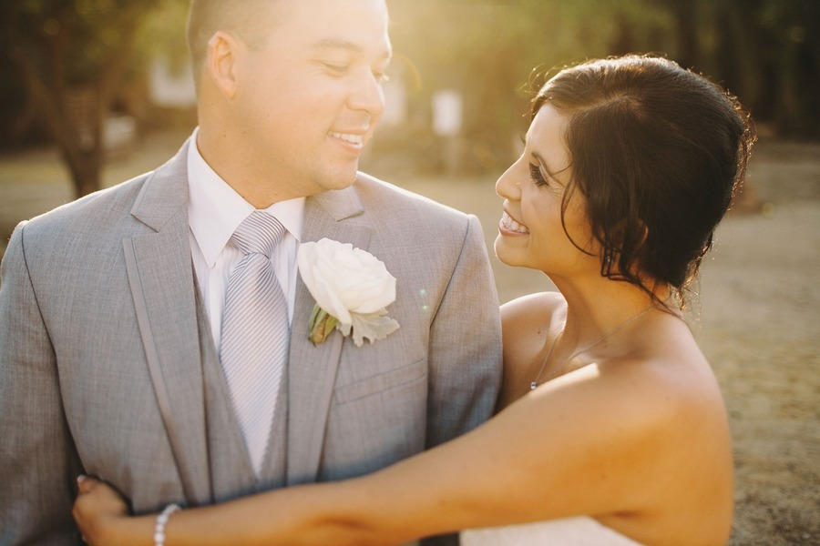 mladoženja na venčanju