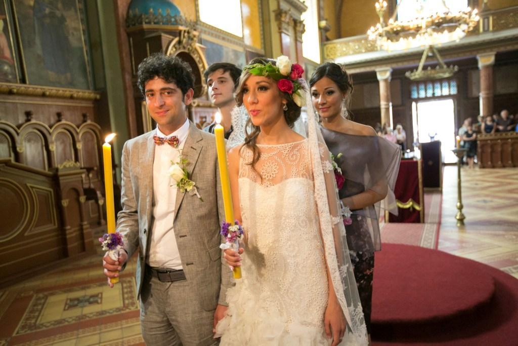 dekorisane sveće za crkveno venčanje