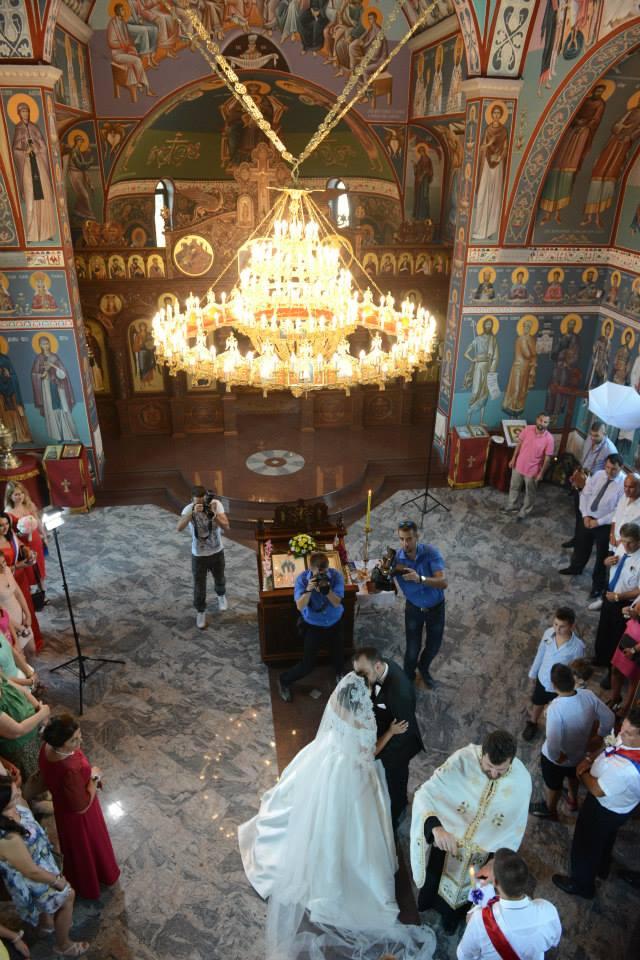 vencanje-u-crkvi